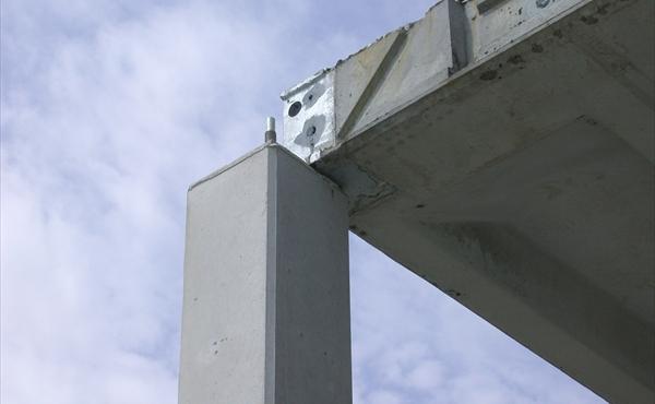 oplegging hoekschoen op kolom